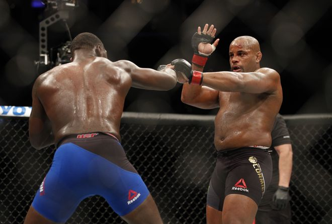 UFC 210 daniel cormier anthony johnson