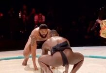 Curtis Blaydes vs Rumble Johnson en un combate de Sumo