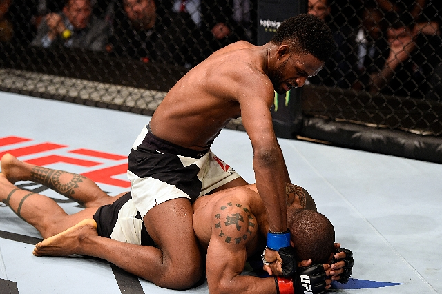 Neil Magny Hector Lombard